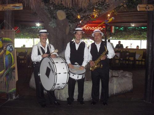 saxofonista, cañonera, retreta, antaño, tambores y mucho mas