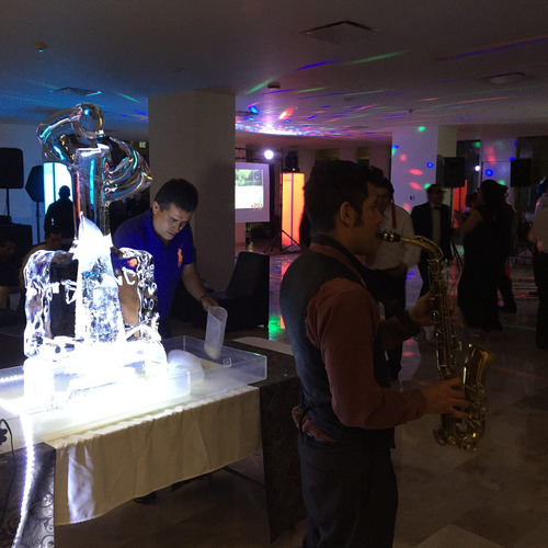 saxofonista df para evento sax en vivo dj audio luz