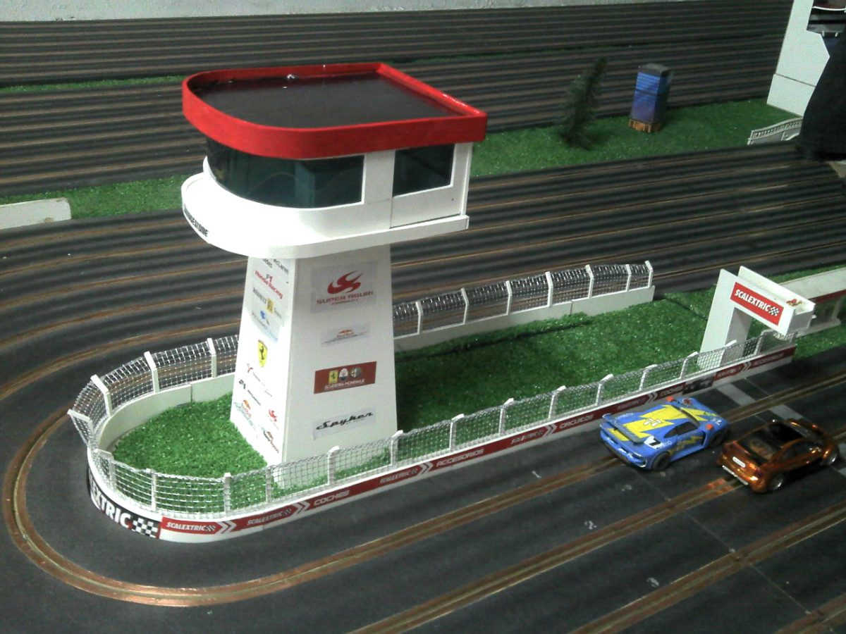 Scalextric decoracion maquetas para pistas slot 100 for Decoracion circuitos slot