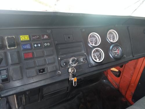 scania 111s  jacare cabininha  p colecionador motor zero