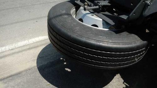 scania p310 , ano 2004,mecânica e pneus ok, bem abx tabela