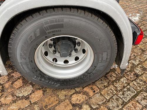 scania r440 4x2, 2015 pneus novos, só puxou baú, único dono