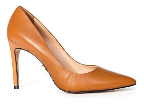 scarpin clássico couro mestiço caramelo, salto 10cm
