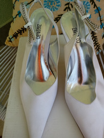 657ec451f0 Sapato Scarpin Branco E Prata Número 37 Feminino - Sapatos no ...