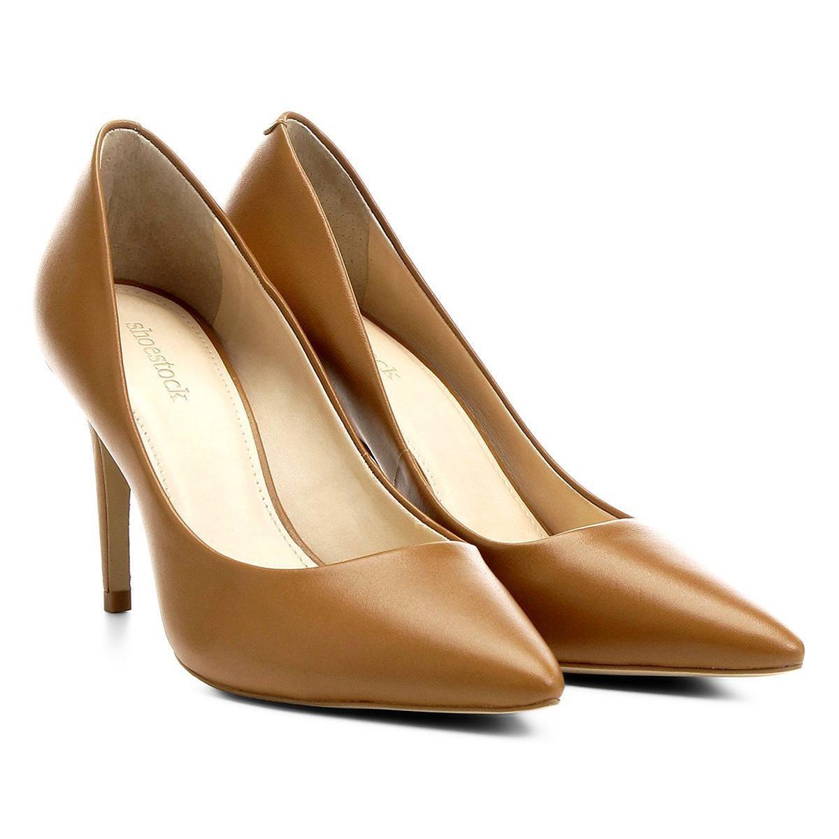 cf97cb4f84 Scarpin Couro Shoestock Salto Alto - R  199