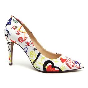 ac92d15810 Scarpin Estampa Jornal Feminino - Sapatos no Mercado Livre Brasil