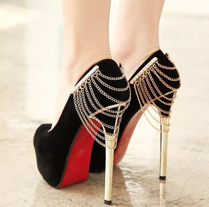 de9aa38e0 Scarpin Sandália Salto Alto Sapato Feminino Corrente Dourada - R ...