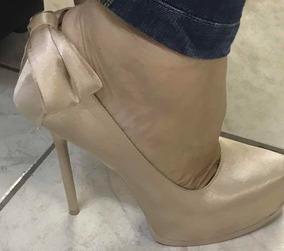 ae61dab20 Sapatos Femininos Tamanho 33 Pequeno Adulto Scarpin Promoção. Rio de  Janeiro · Scarpin,boneca,datelli,cetim,linda, Tamanho:33,pérola