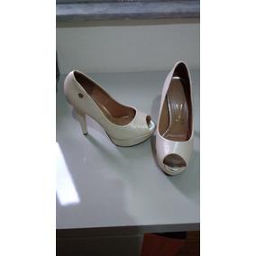 1b6b5199bd Meia Pata De Vinil Verniz Vizzano 35 Semi Novo - Sapatos no Mercado ...
