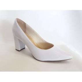 ef1a46f96 Sapato Feminino Scarpin Verniz Noiva Bico Fino Salto Grosso