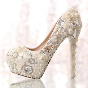 4c46f697ae Sapato Importado Scarpin Perolas Cristais Noivas Sob Medida