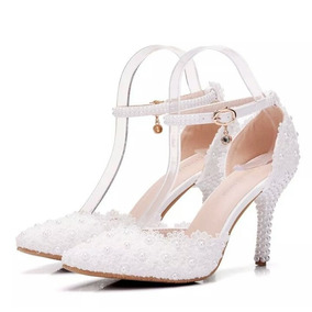 c7481a871 Sapato Scarpin Vizzano Com Fivela - Sapatos para Feminino no Mercado ...