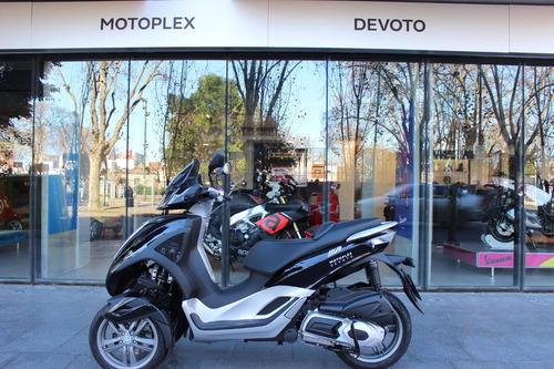 scooter 3 ruedas piaggio mp3 300i - puesta en la calle