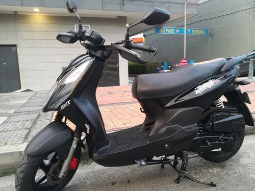 scooter akt dynamic r