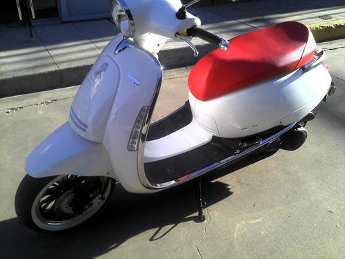 scooter beta 150 tempo deluxe vintage permuto mejor contado