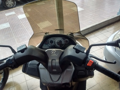 scooter daelim 250
