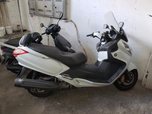 scooter dafra maxsym 400i