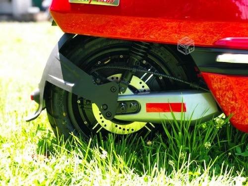 scooter electricac niu