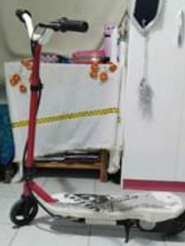 scooter ¿ eléctrico a medio uso a 450 bs