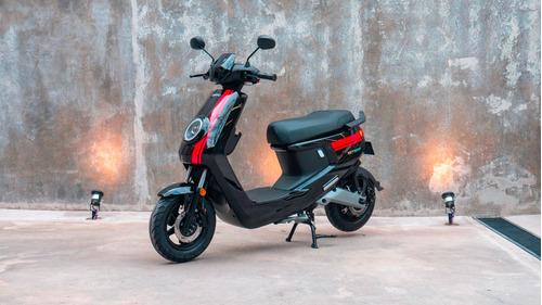 scooter eléctrico nuuv m+ - no vespa no kymco no lucky lion