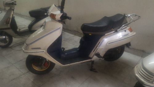 scooter honda spacy 250 blanco japon