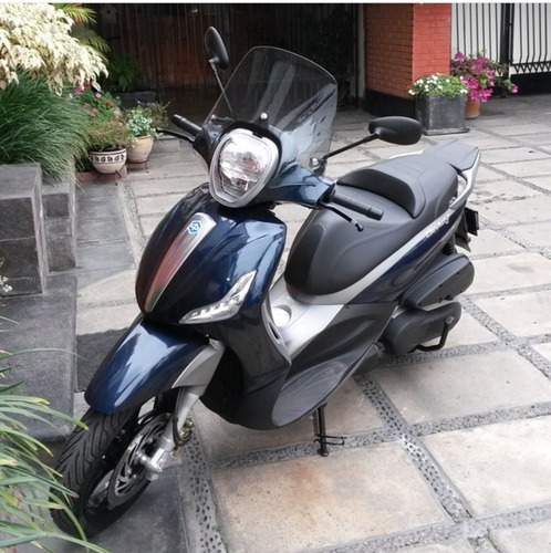 scooter italiana piaggio beverly st 350