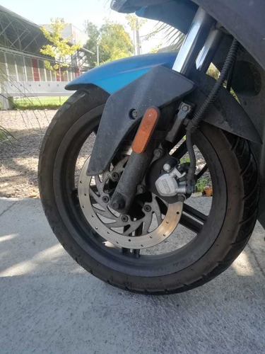 scooter kymco moto