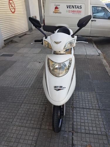 scooter lucky lion xfw power 2013 c/baterias nuevas.