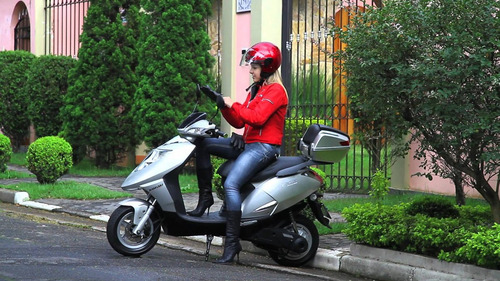 scooter moto kasinski