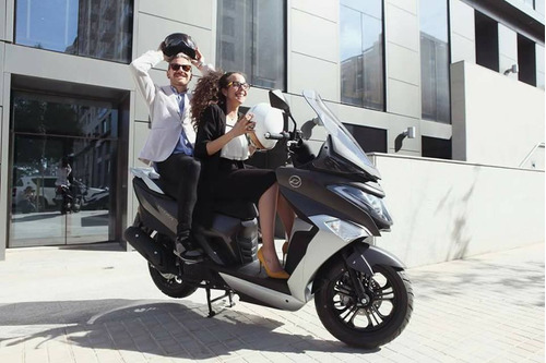 scooter motos daelim 125