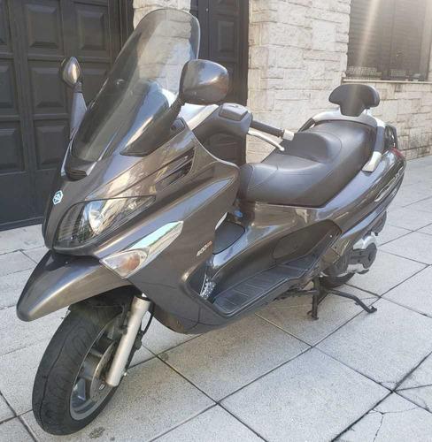 scooter piaggio xevo 400