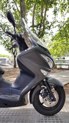 scooter suzuki burgman 200 abs 2018 8200 km u/dueño