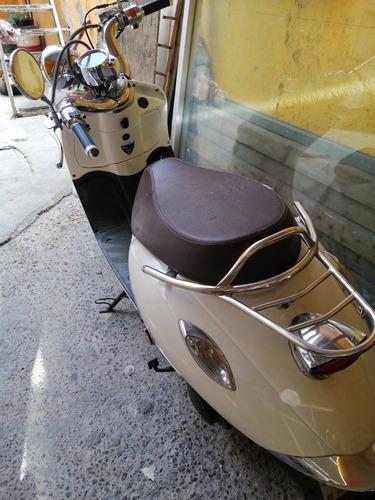 scooter vitalia 2016