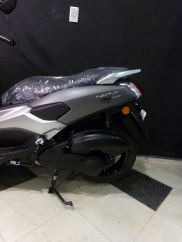 scooter yamaha nm-x 155 2018 0km gris
