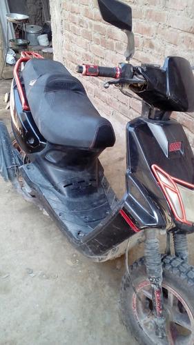 scuter italika mode  175