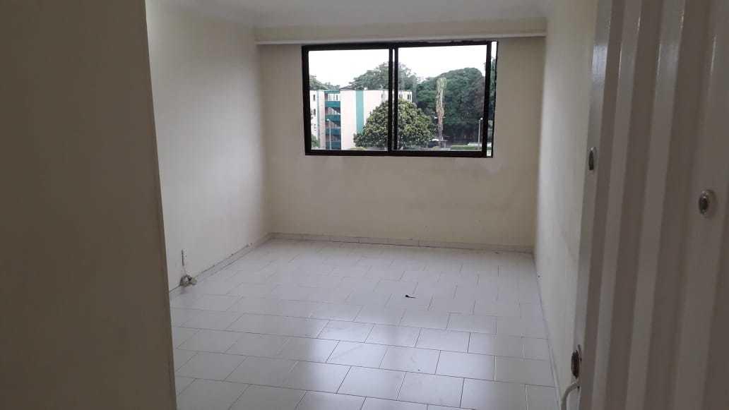 se alquila apartamento en cañaverales iv
