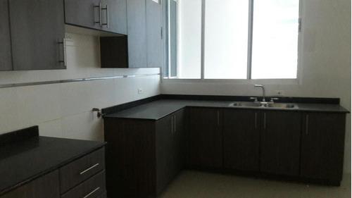 se alquila apartamento en obarrio #18-1465 **hh**