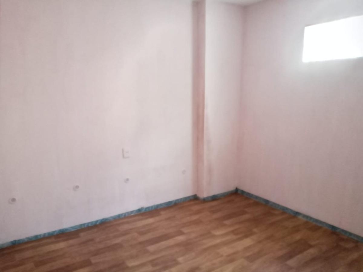 se alquila apartamento en zona de perez castellanos