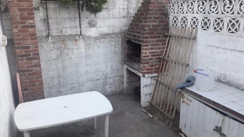 se alquila depto villa gesell calle 1 esq 140