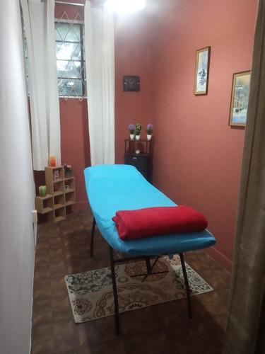 se alquila espacio para masajes, reiki,etc