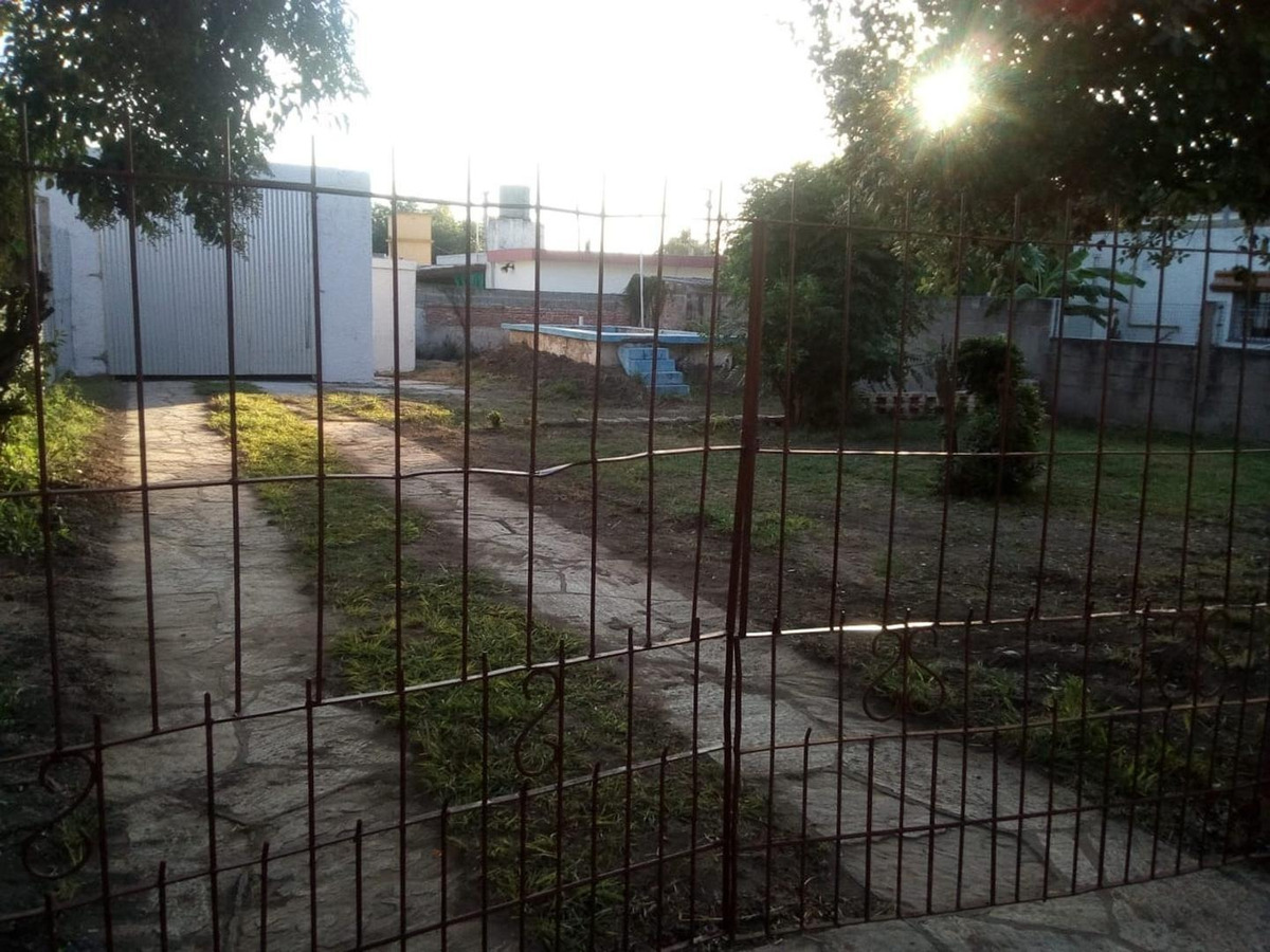se alquila galpon a mts del polideportivo de villa allende