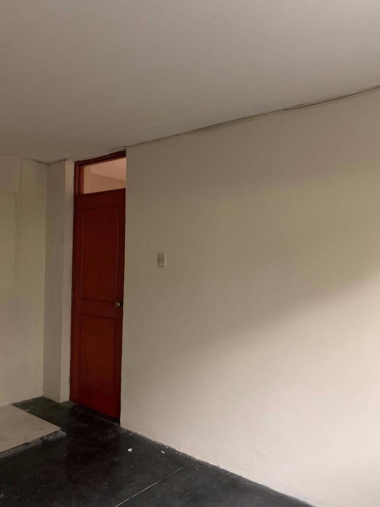 se alquila habitacion para señorita 450 soles