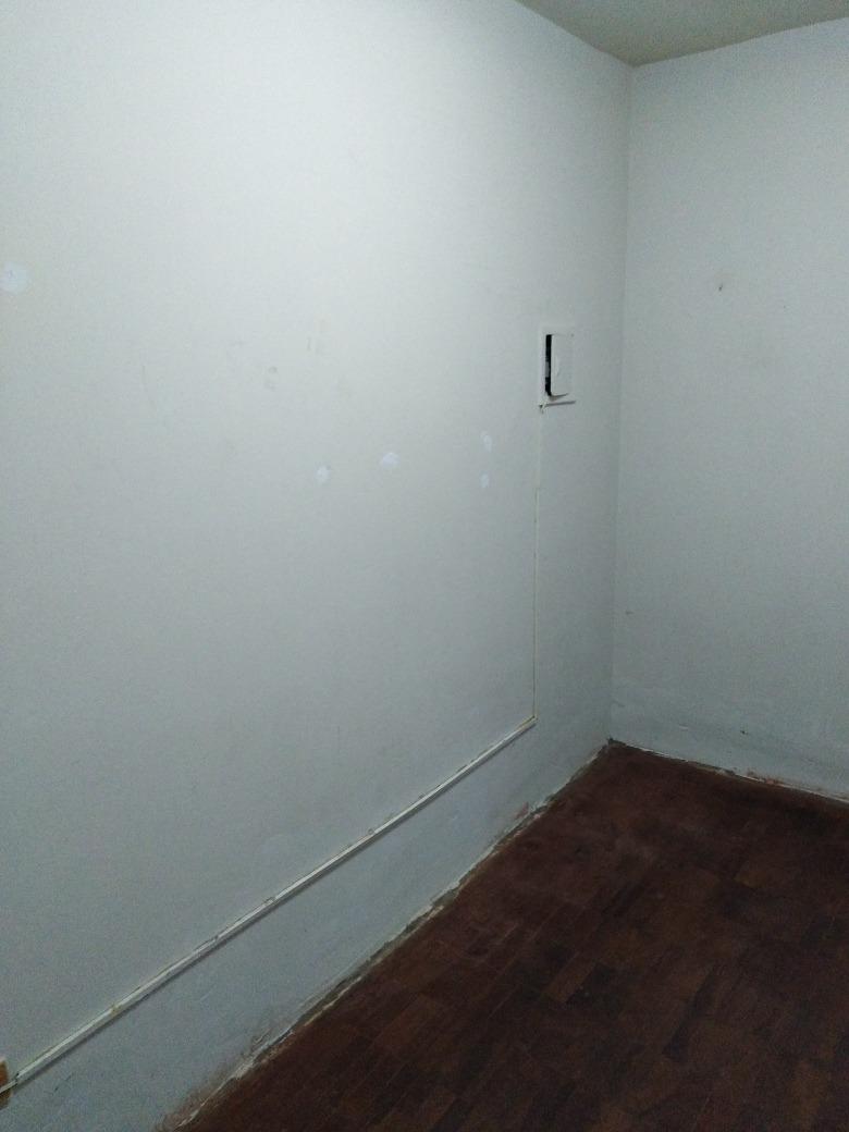 se alquila habitación solo para srtas.