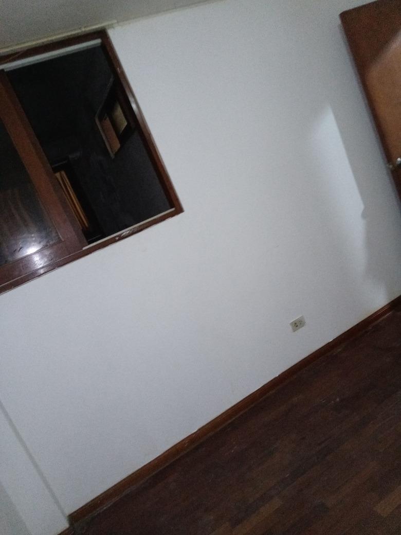 se alquila habitaciones en los cedros