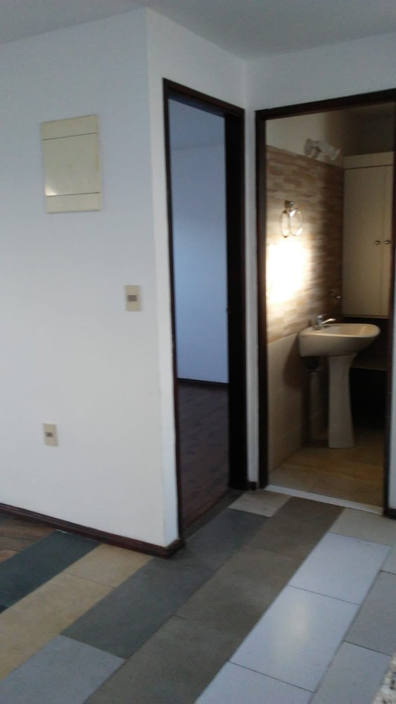 se alquila hermoso apartamento