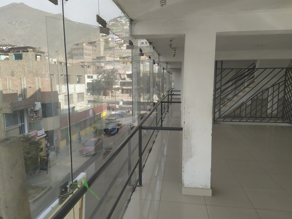 se alquila local comercial 170 mts (negociable)