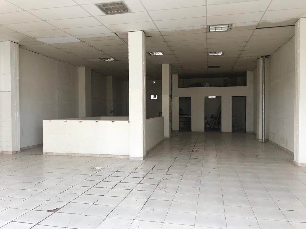 se alquila salón en el centro de cipolletti