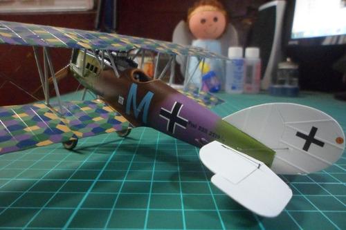 se arman y pintan maquetas a escala plastimodelismo