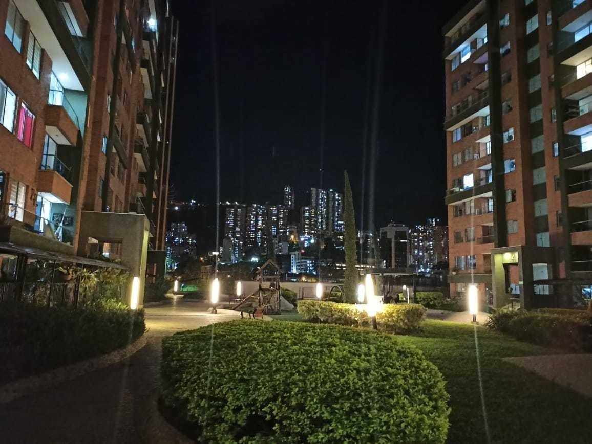 se arrienda apartamento en ciudad del río