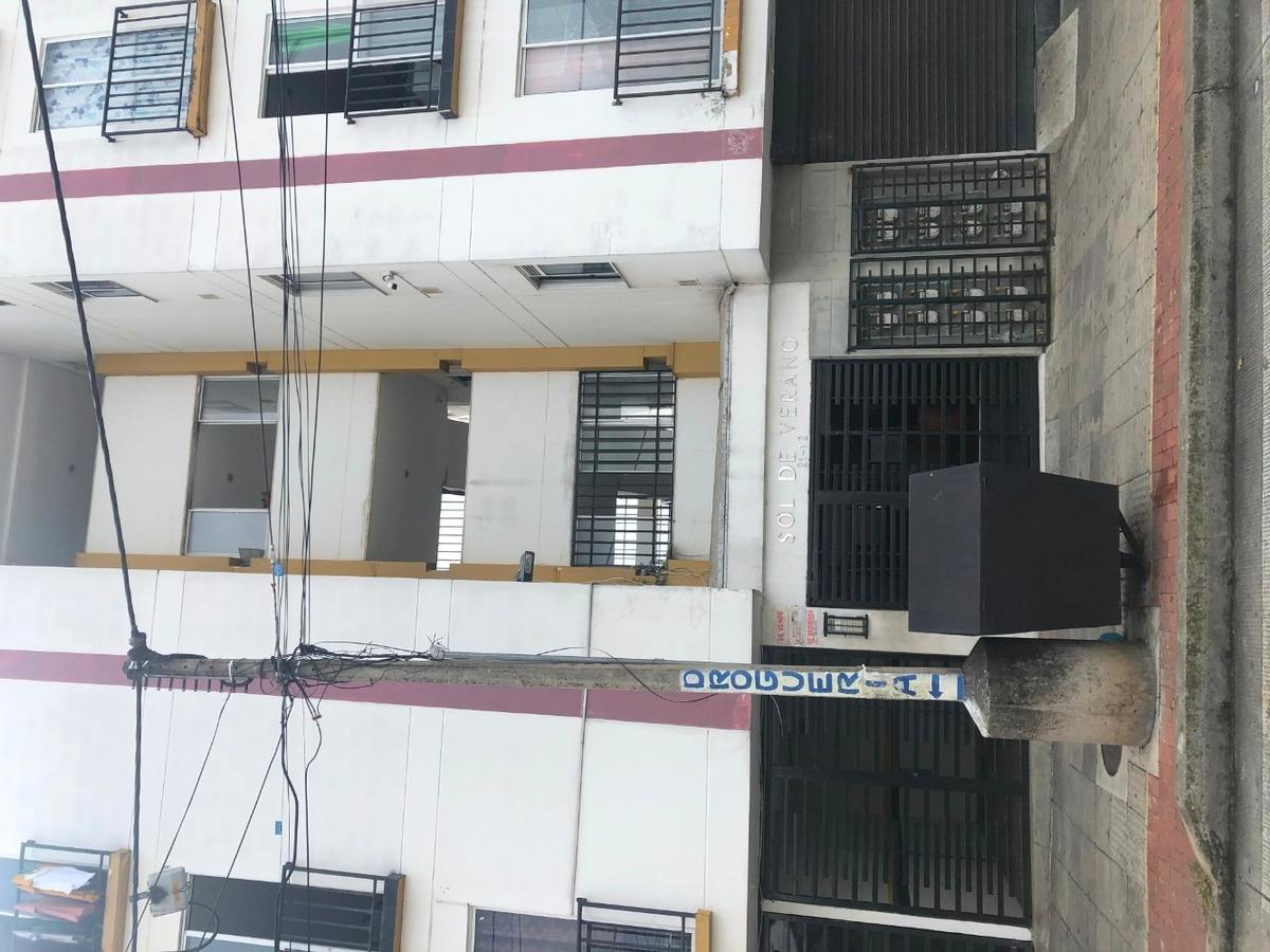 se arrienda apartamento en el barrio universidad